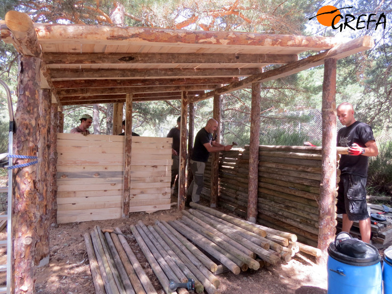Un 'cachimán' y dos plataformas para el Proyecto Monachus