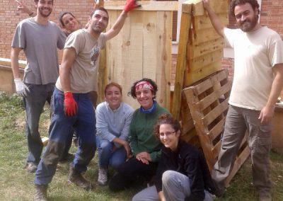 Foto de grupo de algunos de los voluntarios que participaron en el Día Internacional de los Buitres.